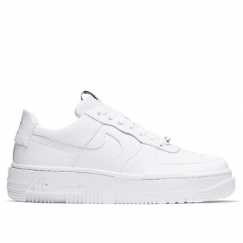 NIKE : W AIR FORCE 1 PIXEL